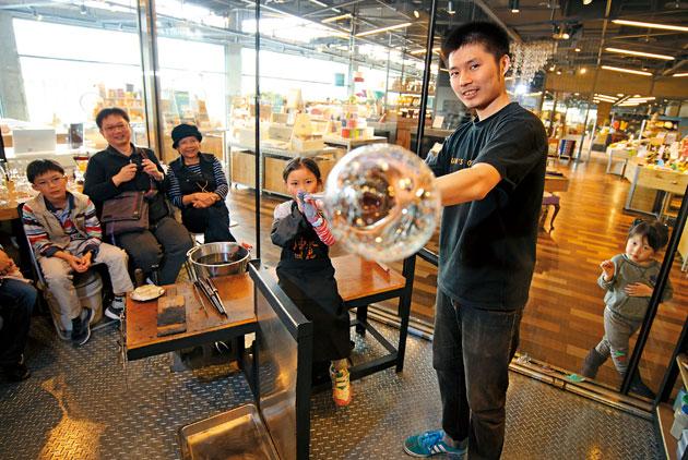 從互聯網發展想像購物中心的未來